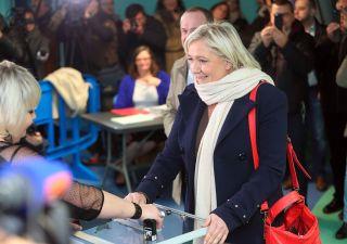 Eurozona, Credit Suisse: elezioni Francia rischio numero uno