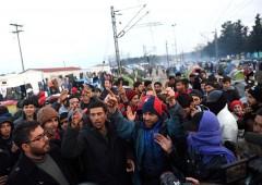 """Ue, crisi migranti """"porterà violenze nelle strade"""""""