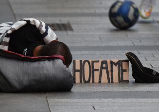 Istat: un quarto italiani a rischio povertà. Il crollo del Pil pro-capite