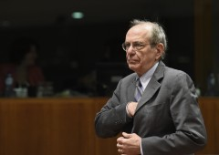 Padoan: protezionismo e stop riforme minacce per l'Italia