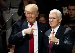 Euroscetticismo staff di Trump mette in imbarazzo vice presidente Pence