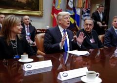 Fissazione Trump per Obamacare rischia di ostacolare riforme