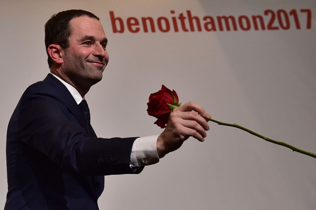 Francia: con quasi il 59% dei voti Hamon ha battuto Valls aggiudicandosi le primarie del PS