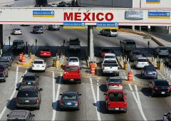 Caos Messico: proteste violente per aumento costo benzina