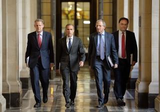 Mercati snobbano alert recessione, fari sui banchieri centrali