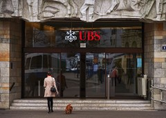 "Italia, UBS: ""politica complessa, ma rischi diminuiti"""