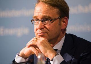 Weidmann contro Trump su accuse euro. Monito anche a Italia e Bce