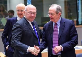 Borse in ripresa, all'Ecofin si decide destino banche