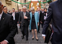 Brexit: accordo sfuma all'ultimo minuto, pesa confine Irlanda