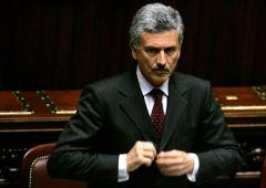 "Fiducia Rosatellum, D'Alema: Gentiloni ""bugiardo come Renzi"""