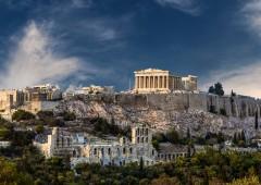 """Ministro Baviera alla Grecia: """"aiuti in cambio di pegno in oro e immobili"""""""