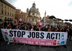 Lavoro: Pd vuole abolire voucher per evitare referendum
