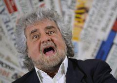 """Pd querela Grillo che si smarca: """"Non sono autore del blog"""""""