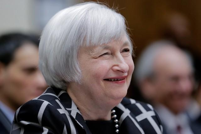Rialzo tassi è costato ai bond 800 miliardi
