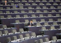 Scandalo rimborsi all'Europarlamento: i nomi degli italiani coinvolti