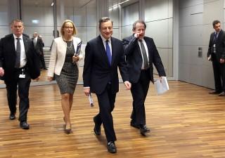 Borse nervose per Draghi e dati macro
