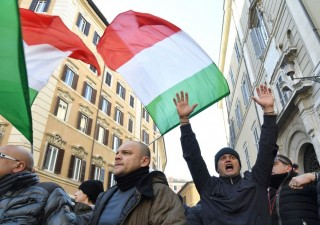 Ft: Italia in ripresa, spera nel miglior risultato da inizio crisi
