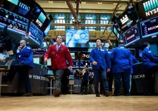 Mercati incerti dopo la Fed nell'Opec day, banche giù su timori bail-in