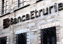 Dalla Consob sanzioni a ex dirigenti Etruria per 910 mila euro