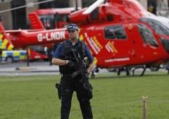 Londra, attacco jihadista al Parlamento: 5 morti e 40 feriti