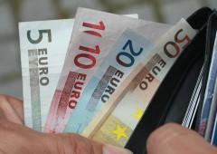 Euro in rimonta contro il dollaro, sale sopra $1,10 ai massimi da novembre