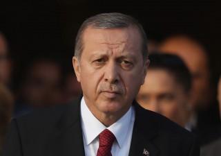 Turchia: vittoria sul filo di lana per Erdogan. Ocse: ci sono stati brogli