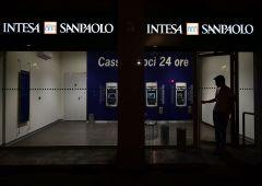 Intesa SanPaolo potrebbe chiudere un terzo delle filiali