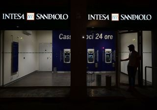 Perdita Intesa SanPaolo? Colpa dell'hedge fund pro Trump