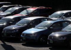 Auto: banche dietro a calo record vendite. Effetto domino