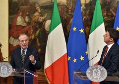 Aumento Iva e taglio cuneo fiscale: Padoan fa infuriare Renzi