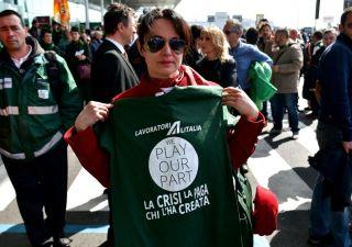 Alitalia: arriva il bando. La soluzione della crisi? Il modello Ilva