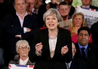 Uk, May formerà governo con gli unionisti