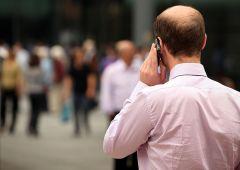 Salute: cellulare favorisce il cancro? Per i giudici sì