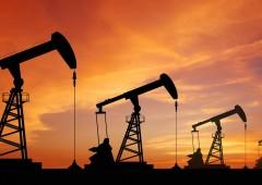 Petrolio: prezzi alle stelle, possibile shock energetico