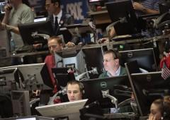 Curva euro dollaro si inverte: l'ultima volta è scoppiata crisi subprime