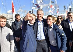 """Francia: Macron si sceglie governo """"tedesco"""" pro austerity"""