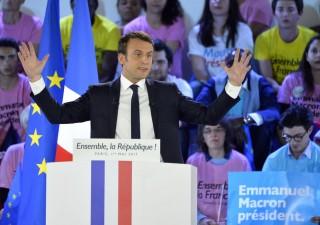 Elezioni Francia, rivelazioni bomba di Wikileaks su Macron