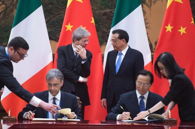 Cina vuole una fetta di Alitalia