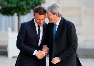 Gentiloni incorona Macron:
