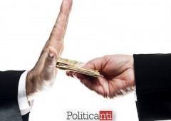 Politica: corruzione, fenomeno inarrestabile senza tempo