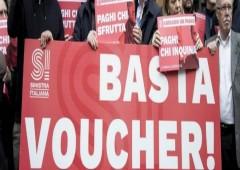 """Voucher: il """"piccolo cabotaggio"""" della politica"""
