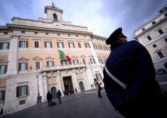 """Ramenghi (Ubs): """"Piazza Affari giù se coalizione anti-euro vince le elezioni"""""""