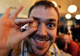 Flash Crash Ethereum, rivale del Bitcoin a picco