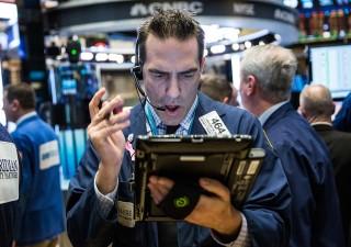 Azionario: triplice segnale di alert che di solito precede crisi