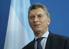 "Argentina colloca bond ""secolare"""