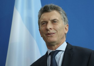 Argentina colloca bond