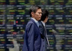 Borsa Milano in rosso: balza l'euro, dollaro debole stende l'Asia