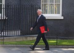 Brexit, negoziati al via. Posizione di Londra confusa