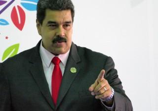 Petrolio e caos Venezuela, Trump: sanzioni contro Maduro