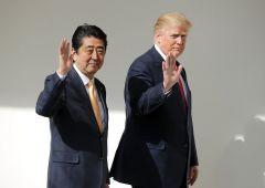 """Trump: """"economia Giappone inferiore alla nostra"""". Criticato su uscita dal TPP"""